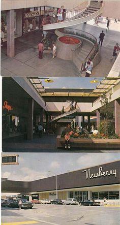 """Old Lloyd Center postcards. Visit Portland Oregon, Oregon City, Portland Time, Oregon Washington, Shopping Malls, Back In Time, Historical Photos, Old Photos, Architecture Design"
