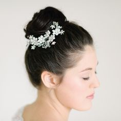 Pearl & Ivory is an online bridal boutique specializing in modern, elegant and timeless bridal jewellery, hair accessories and luxury wedding invitations. Bridal Hair Accessories, Bridal Jewelry, Luxury Wedding Invitations, Bridal Boutique, Hair Comb, Ivory, Pearl Bridal, Pearls, Elegant