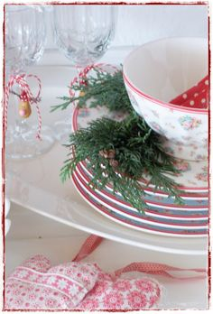 Santa, I want this china for Christmas -- but I don't know what the pattern is -- do you?  I have been good most of the time, ox Nancy