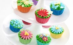 Colourful cupcakes! Mini Cupcakes, Baking, Desserts, Recipes, Color, Tailgate Desserts, Deserts, Bakken, Postres