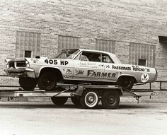 Arnie Beswick The Farmer Pontiac drag car Nhra Drag Racing, Auto Racing, Dirt Racing, Car Carrier, Old Race Cars, Vintage Race Car, Drag Cars, Pontiac Gto, Car Humor