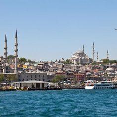 Istanbul! Half Europees, half Aziatisch. Een bijzondere stad met vele mogelijkheden! #istanbil #azie #europa #stad #istanboel https://www.hotelkamerveiling.nl/hotels/turkije/hotel-istanbul.html