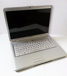 Dell Inspiron 1525 15.4in. (320GB Intel Core 2 Duo 2GHz 3GB) Notebook/Laptop