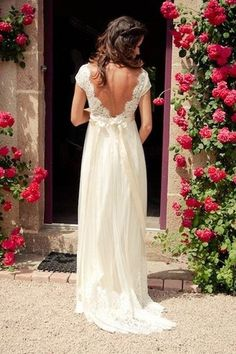 V-neck Cap Sleeves Sweep Train Backless Wedding Dress With Sash WD011