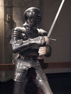 m Fighter Plate Armor Helm Sword dungeon Armadura de tipo maximiliano, siglo XVI Medieval Weapons, Medieval Knight, Medieval Fantasy, Knight In Shining Armor, Knight Armor, Arm Armor, Body Armor, Costume Armour, Armadura Medieval