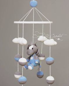 44 ideas for crochet baby mobile animals yarns Crochet Baby Toys, Crochet Toys Patterns, Stuffed Toys Patterns, Crochet Animals, Baby Knitting, Crochet Horse, Free Knitting, Mobiles En Crochet, Crochet Mobile