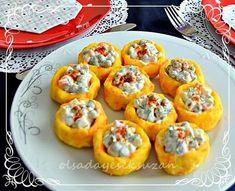 Çay daveti soframda ki salatam garnitürlü patates çanakları, bir benzer tarif daha var blogumda... Görüntüsü, lezzeti ve servis...