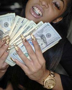 #millionairedating #richmen #wealthymen #luxurylifestyle Estilo Gangster, Gangster Girl, Real Gangster, Girl Grillz, Fille Gangsta, Thug Girl, Money On My Mind, Money Today, Money Stacks