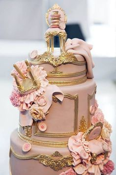 Fondant Louis XIV chairs tumbled down this ornately gilded wedding cake by Cake Opera Co. If I ever have a daughter and the life of a millionaire, this will be her birthday cake. Gorgeous Cakes, Pretty Cakes, Amazing Cakes, Crazy Cakes, Fancy Cakes, Pink Cakes, 3d Cakes, Unique Cakes, Creative Cakes