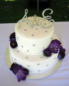 Silver and Purple Wedding Cake.........Have repinned this larger picture of this Cake as its been so popular with everyone