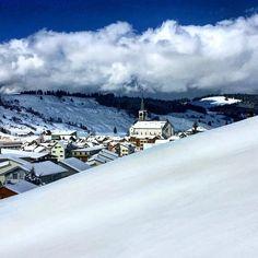 Morning to everyone #snowshoeing #rothenturm #swiss #switzerland #schweiz #suisse #svizzera  M Y  H A S H T A G :: #pdeleonardis C O P Y R I G H T :: @pdeleonardis C A M E R A :: iPhone6  #inlovewithswitzerland #switzerlandpictures #feelthealps #ig_switzerland #hiking4fun #visitswitzerland #ig_europe #wu_switzerland #igerswiss #swiss_lifestyle #aboutswiss #sbbcffffs #ig_swiss #bealpine #amazingswitzerland #loves_switzerland #switzerland_vacations #swissalps #hiking #pictureoftheday…