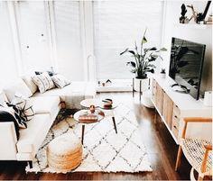 Coastal Living Rooms, Boho Living Room, Home And Living, Living Room Decor, Small Living Room Sectional, Modern Living, Minimalist Living, Cozy Living, Simple Living