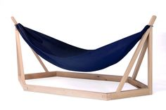 Stand alone hammock swing. Easily adaptable frame for different size spaces.