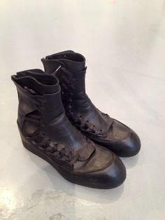 JULIUS - GARDEN BLACK BOOTS SPRING - SUMMER 2014 COLLECTION