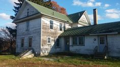A rambling old farmhouse left to fall down in Michigan