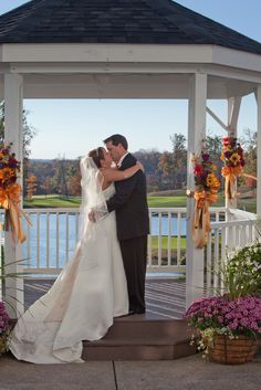 The Kiss! by Mike Flamm Photography