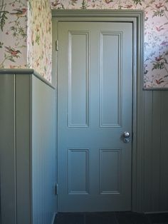 Dix Blue Farrow And Ball, Farrow And Ball Paint, Farrow Ball, Farrow And Ball Bedroom, Farrow And Ball Front Door Colours, Front Door Colors, Oval Room Blue, Georgian Interiors, Paint Your House