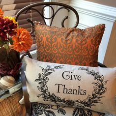 Our pillows have a different message on each side to celebrate two holidays! Covers can also be changed for every reason and season. Halloween pillow, linen pillow, Thanksgiving pillow, Fall pillow, Fall decorations, Thanksgiving decorating ideas, Halloween decorating ideas, linen pillow, burlap pillow, Halloween party, Thanksgiving table settings.