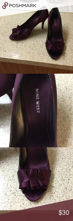Nine west elegant dark purple small heels Nine west authentic elegant dark purple small heels. Never used, only tried on. no box available i bought this long ago and never really used them. Made of fabric this is not leather. Very comfortable.size 8 true to size Nine West Shoes Heels