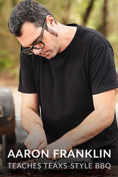 Smoking Your First Brisket - Advice From Aaron Franklin - Smoked BBQ Source Beef Brisket Recipes, Smoked Beef Brisket, Smoked Ribs, Smoker Recipes, Bbq Ribs, Barbecue, Franklin Bbq Brisket, Rib Eye Recipes, Keto Recipes