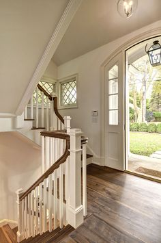 East Hampton Shingle Cottage with Coastal Interiors