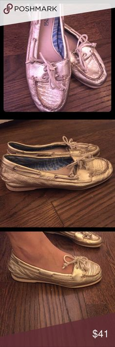Metallic Gold Sperry angelfish shoes Great condition! Only worn a handful of times. Very comfortable flats. Sperry Shoes Flats & Loafers