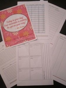 Teacher Planning Binder!  Monthly calendar pages, assignment check off sheet, updated reading conversion chart (including lexiles and Accelerated Reader levels) and  lesson plan templates.
