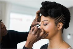 Black brides, African bride. Natural black hairstyles for modern New York brides. Trendy hairstyles. Urban hair. 26 Bridge.