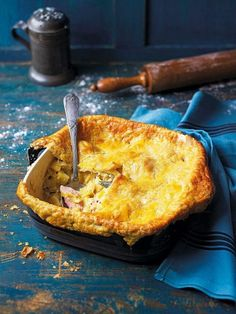 Use up leftover ham with this comforting ham, leek and potato pie, complete with golden, melt-in-the-mouth flaky pastry. Savory Pastry, Flaky Pastry, Savory Tart, Savoury Baking, Savoury Pies, Pastry Dishes, Tart Recipes, Cooking Recipes, Amish Recipes