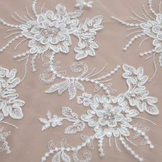 Tecido renda bordada off white