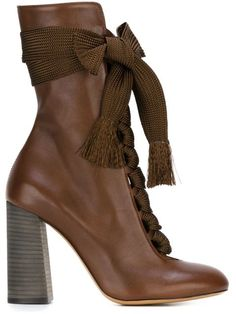 Shop Chloé chunky lace booties in Smets from the world's best independent boutiques at farfetch.com. Shop 300 boutiques at one address.