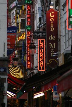 Lighty signs, Brussels, Belgium by Éole, via Flickr