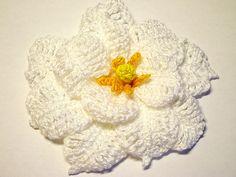 Free pattern  Ravelry: White Gardenia Crochet Flower Pattern pattern by Camelia Shanahan