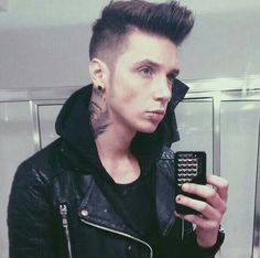 Andy's selfie! I want his phone case
