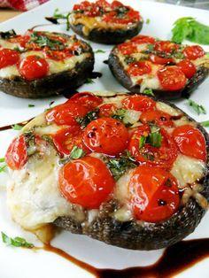 Mediterranean diet (which supports bones): Caprese Style Portobello Mushrooms (use eggplant instead) Vegetable Recipes, Vegetarian Recipes, Cooking Recipes, Healthy Recipes, Vegetarian Cooking, Veggie Food, Fast Recipes, Bread Recipes, Snacks