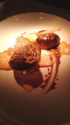 Este chocolate con granitos de sal gruesa en #BarCanete #DionisioPimiento #Food #Foodie