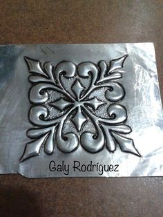 Tin Foil Art, Aluminum Foil Art, Aluminum Cans, Tin Can Art, Tin Art, Copper Wire Crafts, Metal Crafts, Pewter Art, Pewter Metal