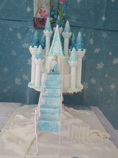 My Own Cake Creation - Elsa's Ice Castle :D Frozen Birthday Party Cake #Play