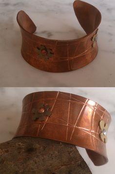De cobre con adornos latón. Cuff Bracelets, Belt, Accessories, Jewelry, Fashion, Copper, Ornaments, Bangle Bracelets, Belts