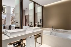 View deals for NH Collection Amsterdam Grand Hotel Krasnapolsky. WiFi is free, and this hotel also features a restaurant and a bar. Bathroom Spa, Bathroom Toilets, Washroom, Restroom Design, Bathroom Interior Design, Toilette Design, Triple Room, Hotel Room Design, Grand Hotel