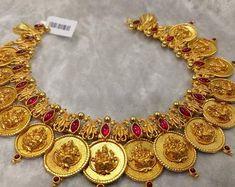 Unique & Grand Kasu Short Necklace Silver with Gold polish) Silver Jewellery Indian, Gold Jewellery Design, Silver Jewelry, Handmade Jewellery, Silver Ring, Diamond Jewelry, Kerala Jewellery, Quartz Jewelry, Jewellery Shops