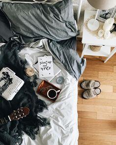 С недавнего времени я поняла что очень полюбила завтраки. Обычно утром, Даша шилопопик. Я бегаю по маршруту гардероб-ванная-кухня и…