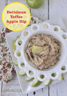 This delicious Toffee Apple Dip is a great fall treat to share with your kids! Slice up apples and serve with Nilla Wafers.