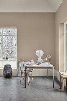 The scandinavian interior colour trends of 2019 from jotun lady Gold Interior, Interior Paint, Decor Interior Design, Interior Decorating, Design Bedroom, Dark Interiors, Colorful Interiors, Inspiration Wall, Interior Inspiration