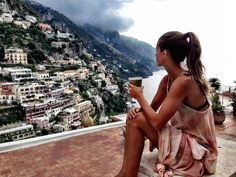 A beautiful holistic guide to Italy (Treviso, Venice, Ischia, Capri, Positano and Rome)