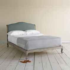 Kingsize Coco - Beautiful Weathered Oak French Beds Coco in dusk vintage linen - Beds | The Sleep Room