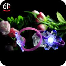 LED Sunflower Bracelet, LED Sunflower Bracelet direct from Shenzhen Great-Favonian Electronics Co., Ltd. in China (Mainland)