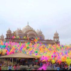 Holi! Festival of colors. Wanna see this sooooo bad!