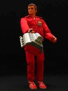 Up for aucition, Steve Austin first edition action figure with engine block. Steve's joints are all stiff (like new),Hair is like new,bioni. Retro Toys, Vintage Toys, 1970s Toys, Old School Toys, Retro Advertising, Childhood Days, Bionic Eye, Bionic Woman, Star Wars Poster