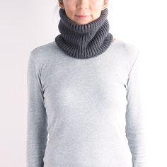 neckwarmer, wool knit mask, unisex cowl, knit cowl, ski mask, chunky knit cowl,gray knit neckwarmer, black knit neckwarmer, green neckwarmer